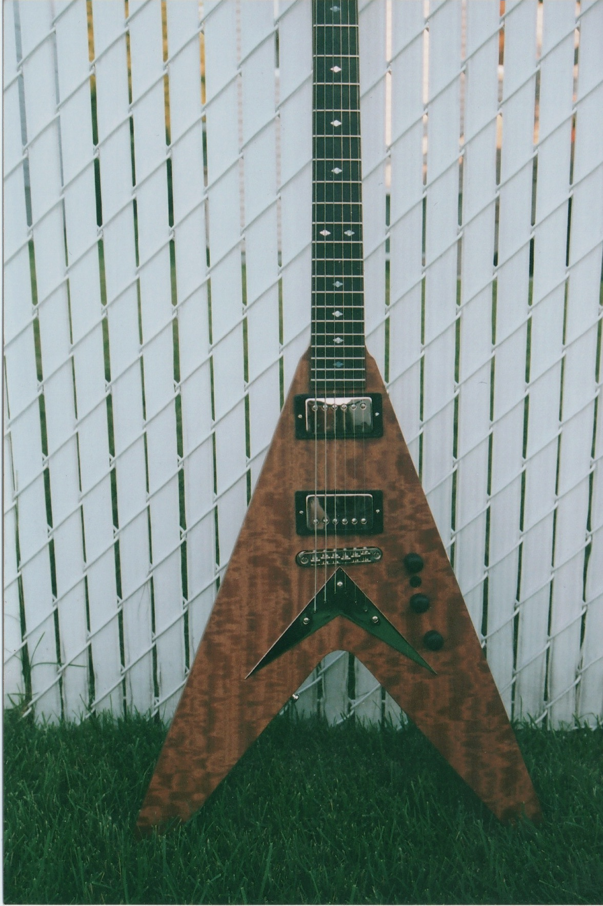 Ottawa guitar repair - Custom made flying V with Makore top
