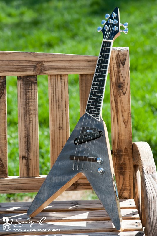 electric mandolin flying v