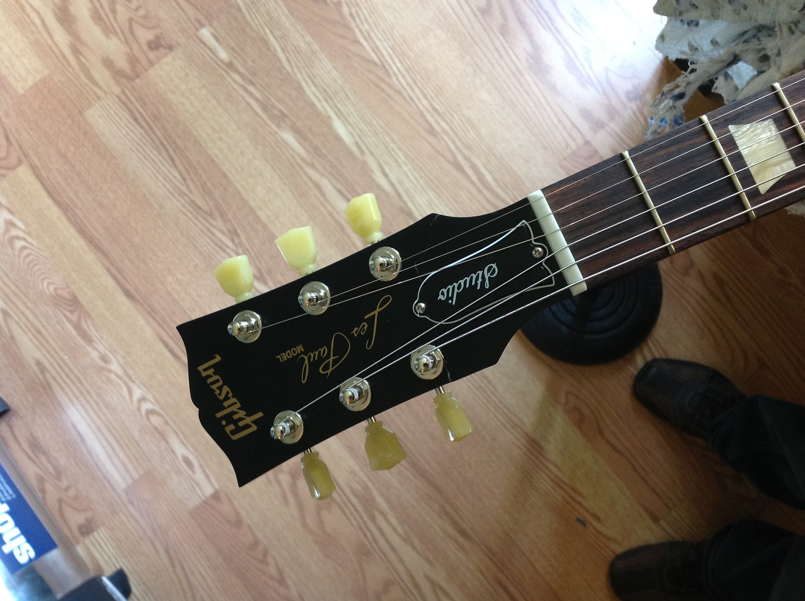 guitar repair ottawa headstock