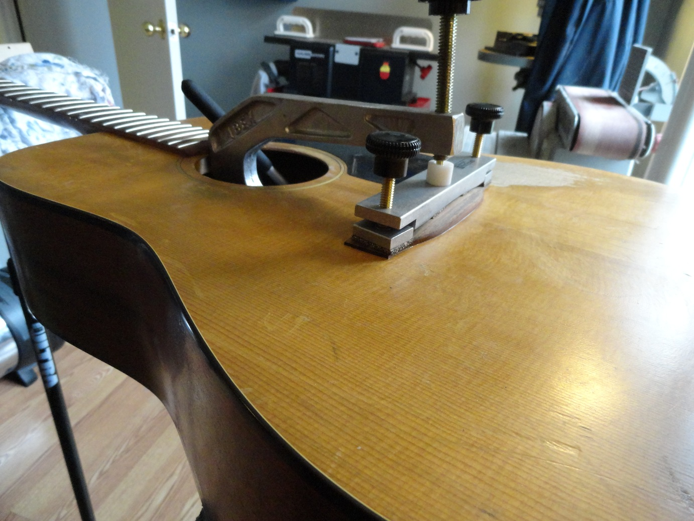 ottawa guitar repair - re-glueing the bridge